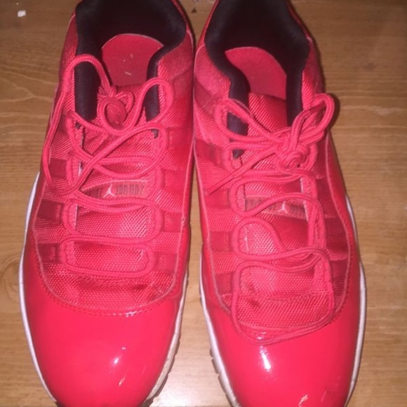 online store cdbcf 00a38 Low top Jordan 11's all red worn 1 time